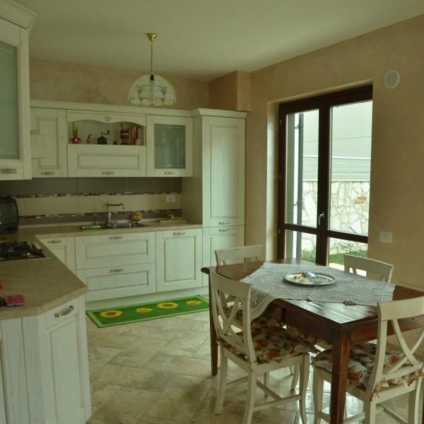 cucina-appartamento-segni